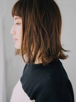 キュレア(C..ure.are)の写真/お客様の理想の艶髪を目指す…素材美を追求した大人可愛いサロン