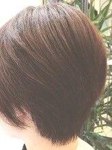 アイディール ヘアー(Ideal hair)大人ショートスタイル