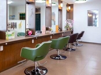 ヘアースタジオ オハナ(Hair Studio Ohana)の写真/【2・3月はお勧めトリートメントが1コイン!】細かな接客や心地よい距離感♪お客様一人一人と向き合います◎