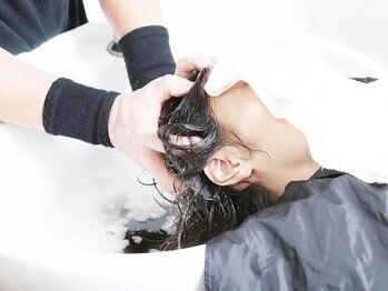 エアー(air)の写真/《P-UP波テラヘルツヘッドスパ+カット¥5500☆》パウダーを使ったヘッドスパ!?超音波で頭皮を活性化!