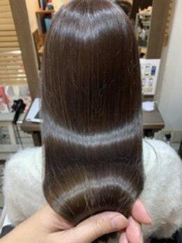 アーレル(Arlel)の写真/【髪質改善特化サロン】クセが気になる季節もお手入れが楽に♪髪の芯から栄養を補給し自然なうる艶ヘアに★
