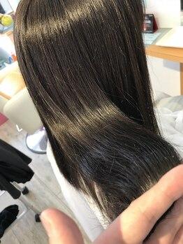 ヘアストーリー レオ(Hair Story RE:O)の写真/オーガニックプリーチャー資格取得のスペシャリストが在籍☆ハリ・コシUPで根本からアプローチ、美しい髪へ