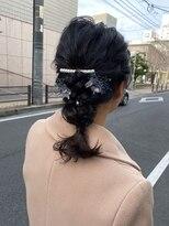 デコヘアー キートス(DECO HAIR kiitos)ミディアムの編み下ろしアレンジ
