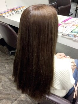 ヘアカラー専門店 カラフルパレットの写真/【ご新規様★ノンジアミンカラー¥5830】頭皮と髪への刺激が気になる方へ◎低ダメージかつ、綺麗な発色に…