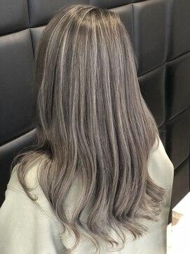 ヘアーデザインムーヴ(Hair design MOVE)アレンジ映え☆ホワイトハイライトヘア