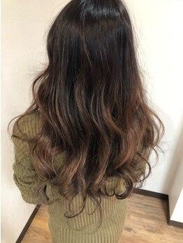 チョッキ(chokki)の写真/[御免町駅徒歩2分]丁寧なカウンセリングで髪質や癖を見極め、あなたにピッタリ似合うカラーをご提案◎