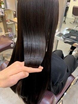 ゼスト 八王子店(ZEST)の写真/《Aujuaソムリエ在籍》最高級ケア「Aujua」で最旬hairをより美しく。見た目だけじゃない、極上の手触りに。