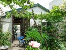 ヘア ドレッシング イナバ(INAVA)の雰囲気(美容室には珍しい、お庭があります☆)