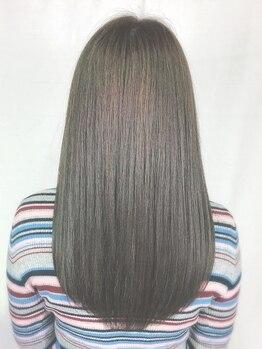 """ビューティシモスクエア(Beautissimo SQUARE)の写真/憧れの""""潤いストレート""""を手に入れよう!潤いとツヤが髪全体に広がるアジアンビューティーなスタイルに♪"""