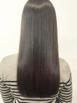 キキヘアメイク(kiki hair make)の写真/手触りのいい、サラサラの美髪へ★地毛のようなナチュラル感のある縮毛で憧れのストレートになれる◎