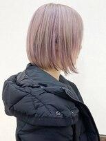 ルッツ(Lutz. hair design)ホワイトベージュ×ピンクハイライト