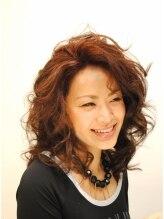 ヘアーメイク ライブリー(Hair make Lively)グラマラスクールミディアム