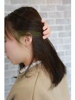 ヘアーメイク プリュム(Hair make Plume)イヤリングカラー×ライトグリーン