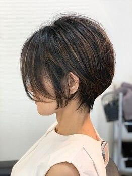 ブレス ヘアデザイン(BLESS hair design)の写真/大人にこそショートが◎圧巻の似合わせカット術で襟足スッキリ!後ろ姿まで360°自信が持てるシルエットに♪