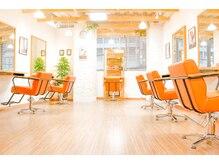 ソラ 高田馬場店(Sola)の雰囲気(♪広々した店内は柔らかな光が差し込み暖かみのある空間 ♪)