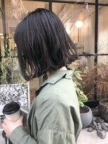 切りっぱなしボブ 外ハネ カジュアル 地毛風カラー 暗髪