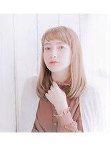2018年S/Sトレンドスタイル~レア・セドゥフレンチベージュ~
