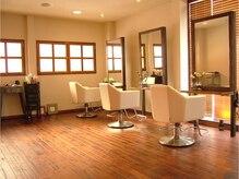 ペコリ ヘアールーム(PecoRi HAIR ROOM)の雰囲気(明るく開放感がある上質空間。日頃の疲れを忘れちゃえます☆)