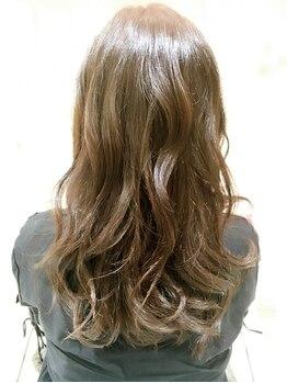ギンザ ヘアー シロー(Ginza hair CIRO)の写真/【髪質改善】リビジョン+オイルケア+カット+カラー¥17765》が評判!CIROでダメージ髪のお悩み解決♪