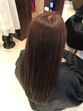 ヘアーメイク カリユ(HAIR MAKE kariyu)ピンクカラー