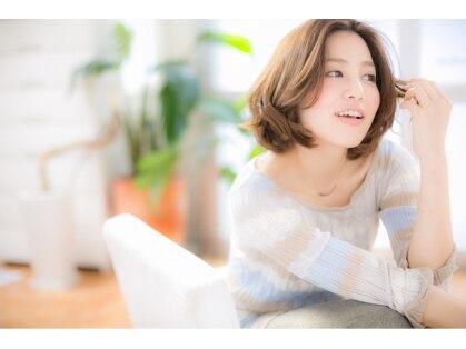 ヘアアンドビューティ マカロン(hari&beauty macaron)の写真