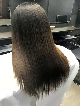 リーベ 秋津店(Liebe)の写真/話題の【TOKIOインカラミ導入店】カラーや毎日のアイロンでパサついた髪も毛先までしっとりさらさら美髪!!