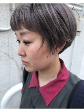 シーク(seek)【seek菜月】シルバーショート【長野 松本】