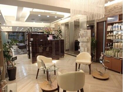 キャラ 池袋本店(CHARA)の写真