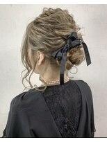 ソース ヘア アトリエ(Source hair atelier)【SOURCE】編み込みルーズアップ
