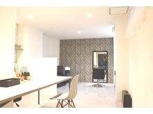 カーム アパートメント スパアンドヘアー(calm apartment SPA×HAIR)の雰囲気(外国のアパートメントの一室をサロンにしました。)
