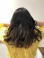 ビーヘアサロン(Beee hair salon)外国人風グラデーションヘア
