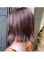 Apiuz Hair ハイライト×くすみピンク
