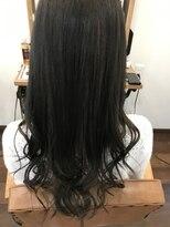 ヘアー チクタク(Hair Ciku-taku)アッシュ暗髪+インナーカラー