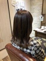 アイビーヘアー(IVY Hair)毛先ゆる巻き☆セミディ
