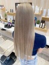 アンフェリール 磐田店(Em Fellir)super long blond