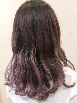 キタドコ パーソナルヘアスタイリストグループ 板橋店(kitadoko)の写真/早割でお得なWカラー/ハイライトなどのデザインカラーあり!トレンドの外国人カラーやグレイカラーも人気♪