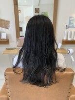 暗髪ブルーブラックカラー