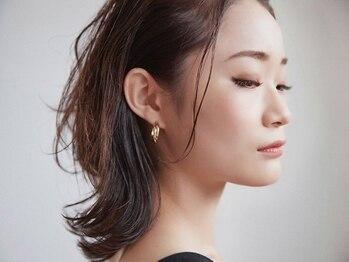 リアル デザインギャラリー(rёal D.G)の写真/最高品質ヘアケアブランド【RENE FURTERER】で、最高の素髪に。心と頭皮のケアで贅沢なひと時を。
