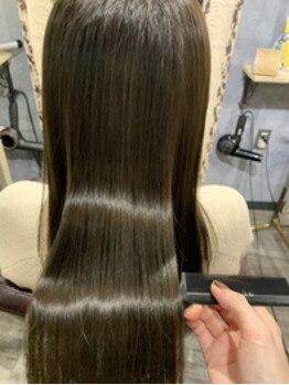 ココロ(COKORO)の写真/【女性専用/酸性縮毛矯正/髪質改善専門サロン】くせ毛だったことを忘れる程のベストな髪質改善を[三宮元町]