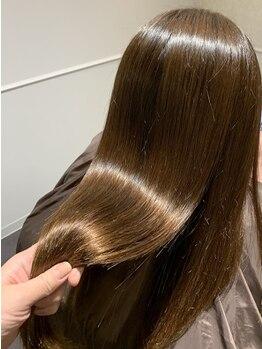 シェノン(Chainon)の写真/【クセ/うねり/ダメージでお悩みの方必見】髪質改善専門サロンだからこそできるトリートメントで感動体験♪