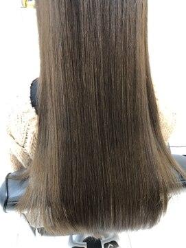 ヘアーデザインムーヴ(Hair design MOVE)新木優子風春夏新色シフォンブランジュ