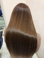 プラウドなびくサラサラ髪☆アッシュのモテロングスタイル