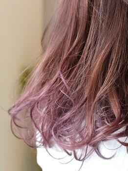スプールヘアデザイン(SPOOL Hair design)の写真/髪と頭皮に優しい薬剤を豊富に取り揃え、 艶感・透明感・エイジングケアなど様々なご要望に対応可能♪