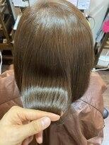 ヘアケアサロン シェーン(hair care salon Schon)イルミナカラーとやばやばトリートメントでツヤツヤ