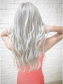 ヘアサロン エフ(HairSalon F)の写真/今話題のブリーチ剤、ケアブリーチ取扱店!ブリーチのダメージを大幅カットしながら、髪の強度をUPさせる♪