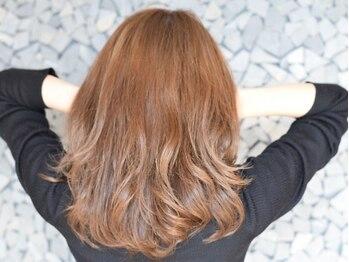 """レガーレ(Legare a)の写真/自分の""""個性""""が輝くオリジナルカラーをご提案!旬の髪色で外見も内面も女性らしさUP!"""
