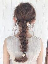 《Agu hair》編みおろしカジュアルアレンジヘア
