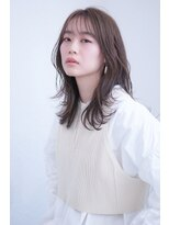 韓国ヨシンモリレイヤーカット外巻き春色アッシュベージュカラー