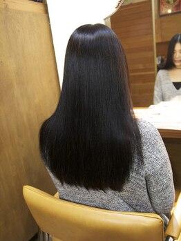 リトリート(retreat)の写真/髪質改善しながらクセを緩和◎ダメージ毛や細い毛でも、ツヤ・コシのある芯からしなやかなキレイな髪に♪