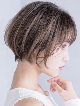 ロロ(ro-ro)の写真/[カット+最新カラー¥5000~]カットだけでも変化を実感!ショート/ボブStyleに個性と顔回りの可愛さをプラス